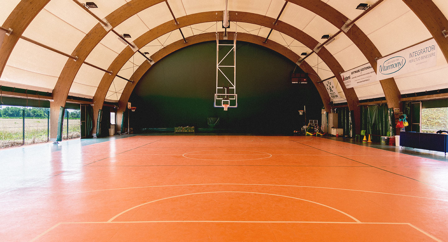 Indoor Basketball court at David Lloyd Malaspina